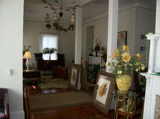 Jackson Hill Antiques and Interiors: Sample Inventory