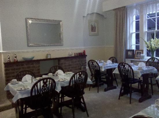 Cartref House: breakfast room