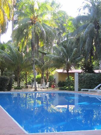 Hacienda Chichen: Beautiful hacienda and pool