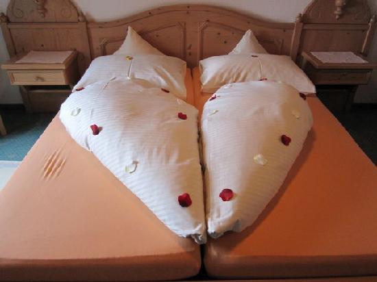 Hotel Helmerhof: The art of bedmaking