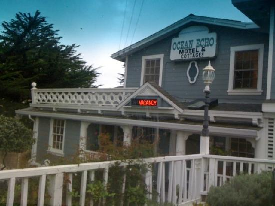 Ocean Echo Inn & Beach Cottages: Is this quaint or what?