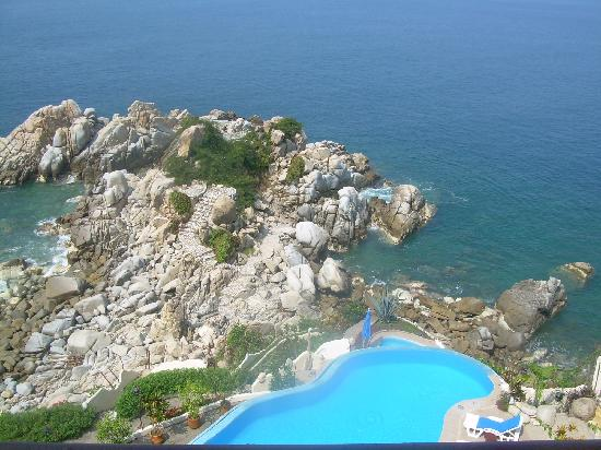 Villa Mia: there's a natural pool down at the bottom of the villa's grounds.