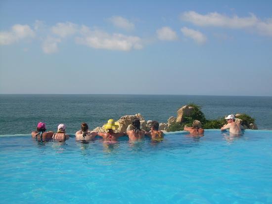 Villa Mia: Infinity pool