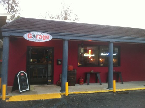 Jackson 39 s garage bar st augustine restaurant reviews for Garage boulanger saint augustin