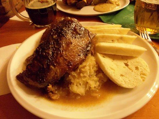 Restaurace U Ceskeho Lva : Duck with knedlik