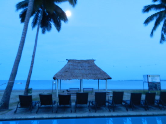 Travellers Beach Resort: just before sunrise view from my door