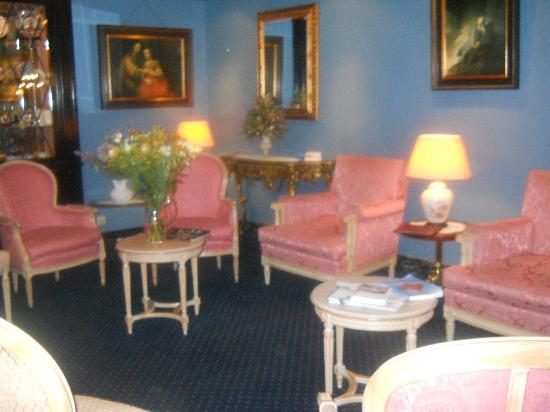 Anselmus Hotel: Reception Waiting Room