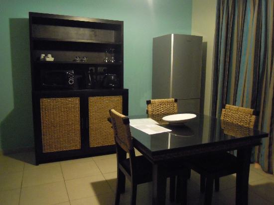 Rocca Nettuno suites: angolo cucina