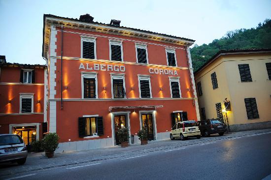 Albergo ristorante corona bagni di lucca province of - Hotel bagni di lucca ...