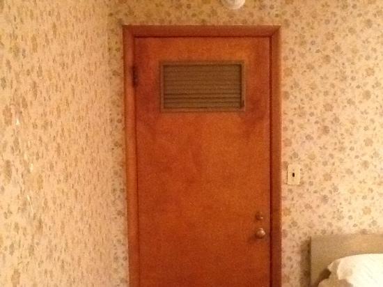 Bassett Lodge: the door to the room with no phones