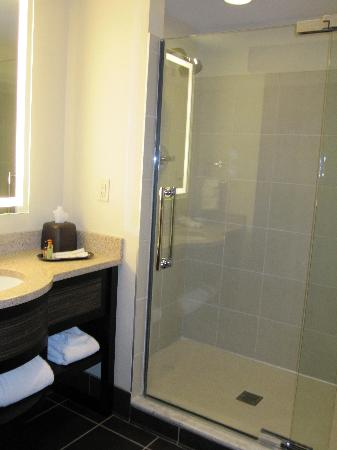 Wildhorse Resort & Casino : bathroom