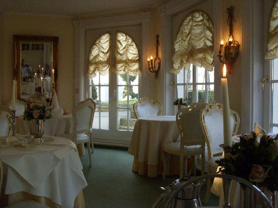Villa Contessa: Blick auf den hinteren Teil des Restaurants