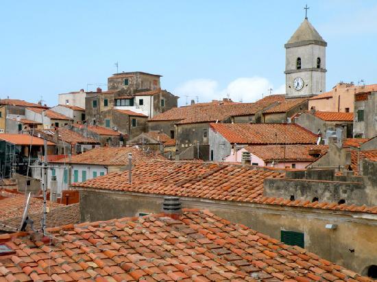 Residence Augusto : Le village de Capoliveri