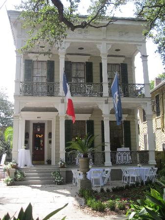 ديجاس هاوس: A beautiful day the Degas House