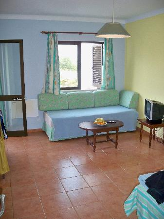 Lageado Sol: Living/bedroom Area