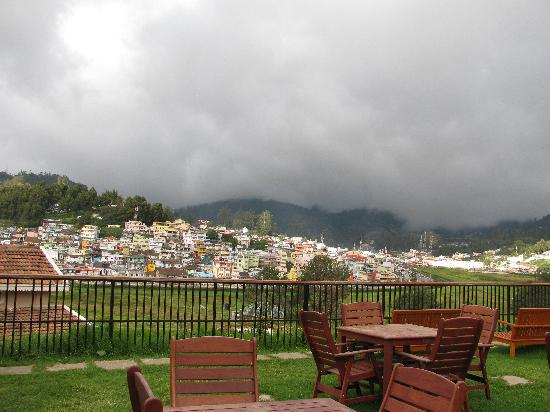 Club Mahindra Derby Green: view of golf course & mkt from restaurant