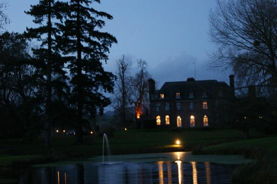Llansantffraed Court: The hotel at night