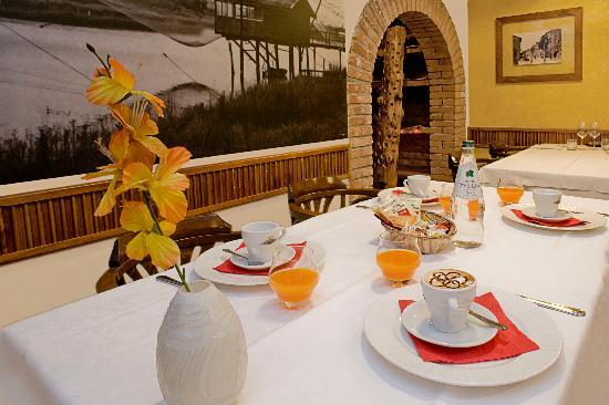 Murata, San Marino: sala colazioni