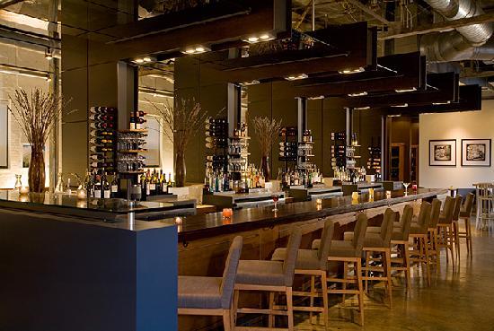 4th & Swift Restaurant: Bar
