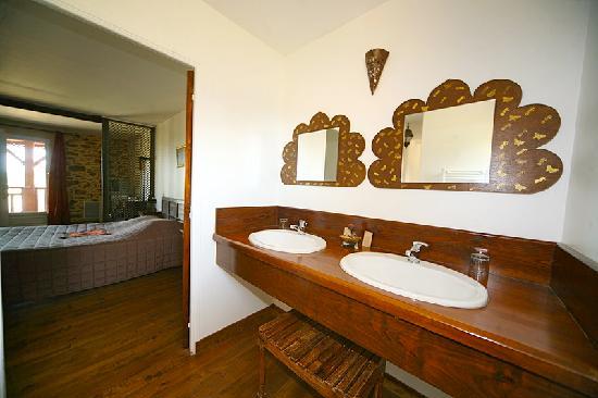 Chateau d'Izaute : Salle de bains