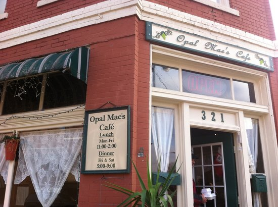 Opal Mae's: Picture of Opal Maes