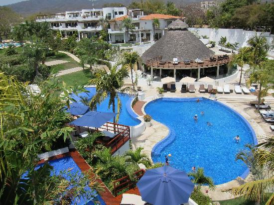 Vallarta Gardens, A Boutique Private Residence Club: View of restaurant and pools