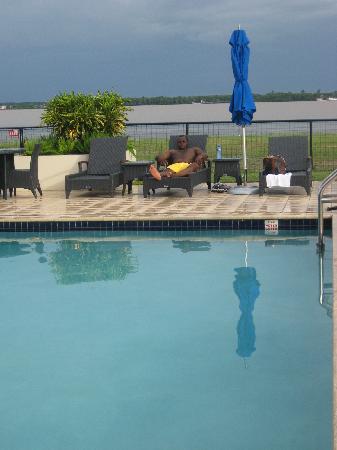 Courtyard Paramaribo : at the pool