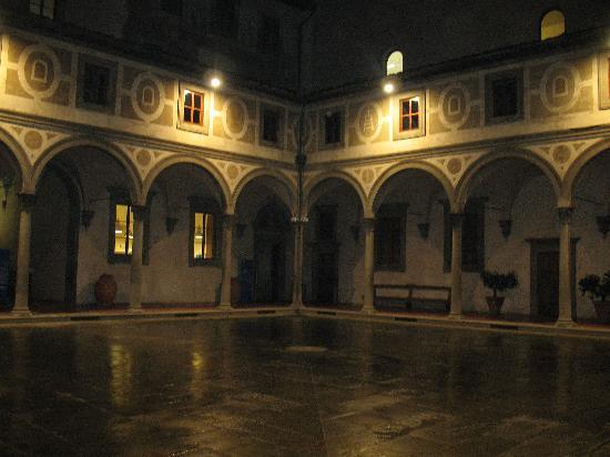 Museo degli Innocenti: Interno