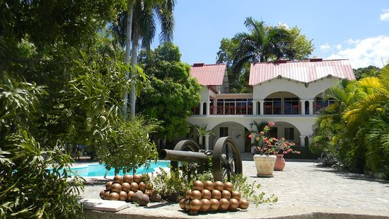 Petit Goave, Haiti: view near the pool