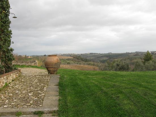 Fattoria la Loggia: View over Tuscany from LaLoggia