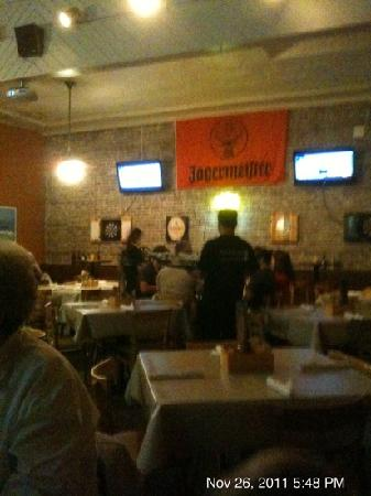O'Kane's Irish Pub & Eatery: dining area