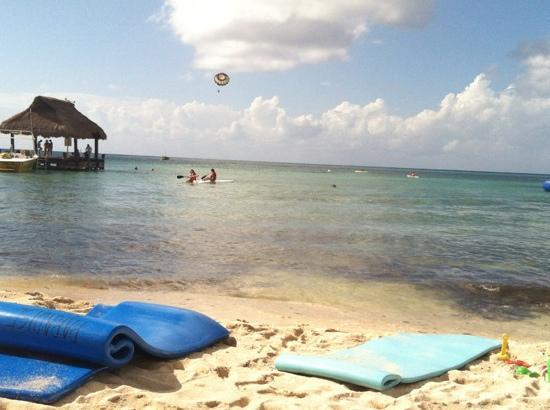 Paradise Beach : view from the beach