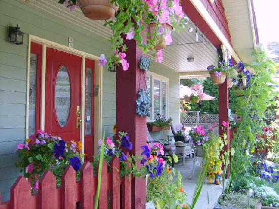 A Scented Garden Bed and Breakfast: Our garden porch is delightful