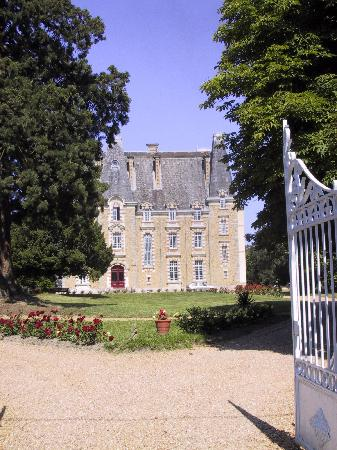 Chateau de Montbraye : Ch Montbraye