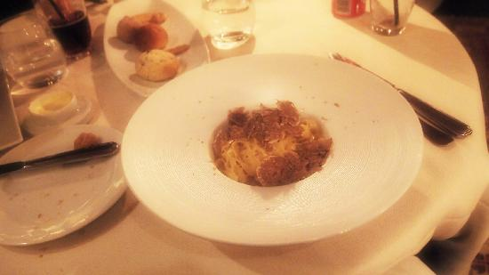Ai Mercanti: A wonderful trip of white Truffles over Tagliolini