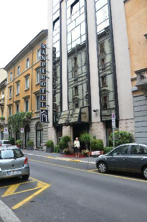 Hotel Sanpi Milano: Hotel Sampi exterior