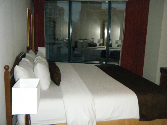 Viva Suites: Bedroom