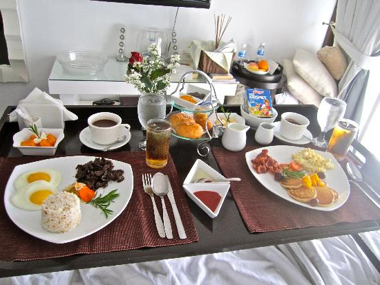 Love their breakfast in bed picture of the boutique bed for Bed and breakfast area riservata