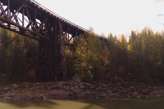 Kiskatinaw Bridge: Across the Bank