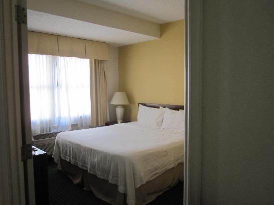 Residence Inn New Rochelle: bedroom