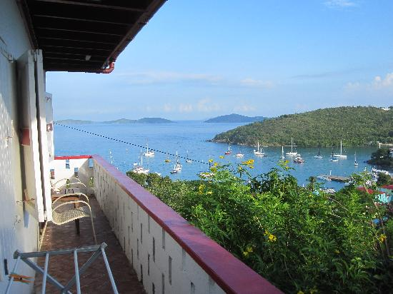 Hillcrest Guest House: Front Suite balcony with beautiful view of Cruz Bay!