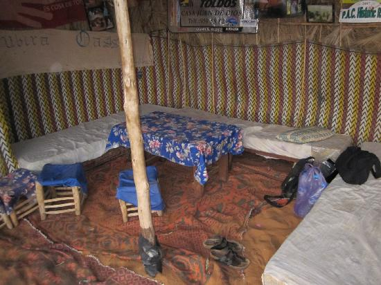 Riad Nezha: Lounge/Dining Area