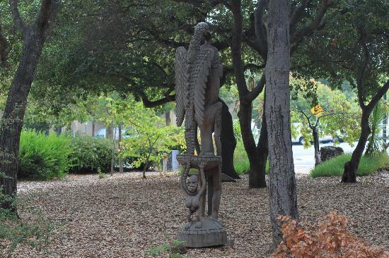 Palo Alto, CA: Stanford University, sculture polinesiane