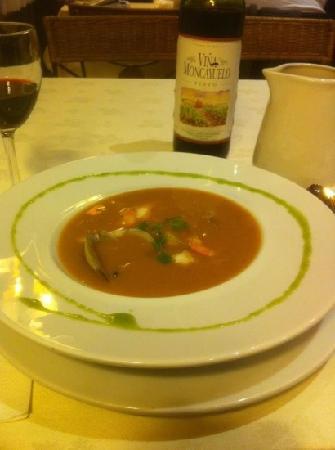 Hotel Don Carlos: sea food soup