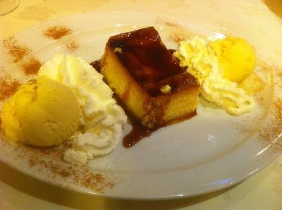 Hotel Don Carlos: dessert!