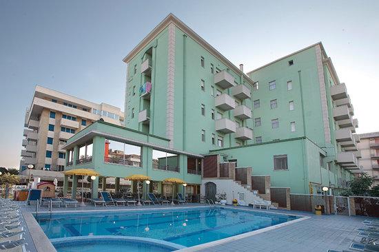 Abacus Hotel: Esterno diurno Hotel Abacus