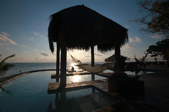 Dugong Beach Lodge: The pool