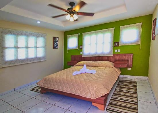 هوتل لا مار دولسه: Single room - One Queen bed