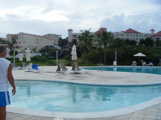 The Towers at Mullet Bay: Pool Area