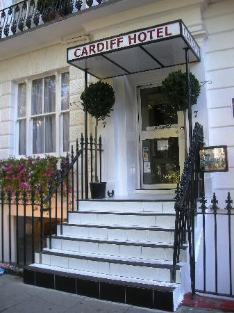 Cardiff Hotel: Entrata